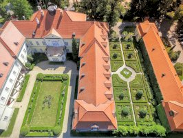 Szidónia Kastélyszálloda  - családbarát hotel